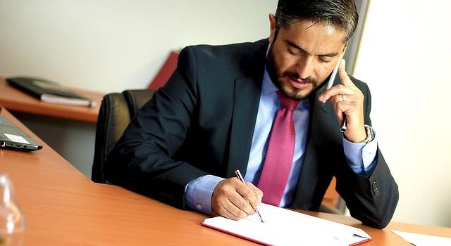 Obsługa prawna firmy, czy warto?