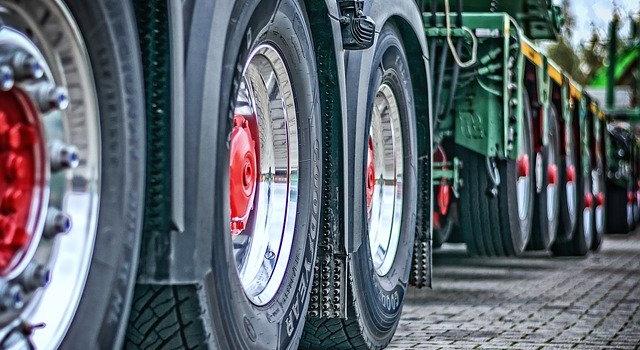 Jak wybrać dobrą firmę transportową? 4 praktyczne wskazówki