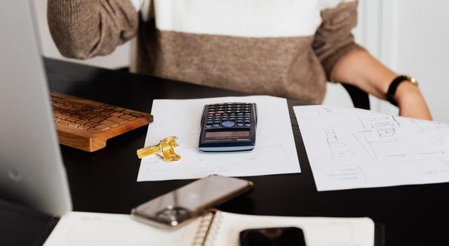 Ile kosztuje księgowa w małej firmie? Jak prowadzić księgowość w małej firmie?