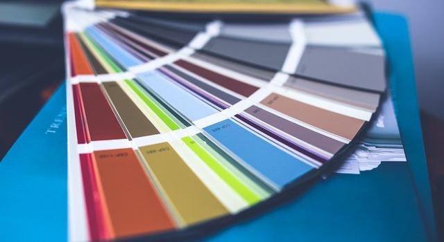 Wydruk książki, wizytówek, etykiet… Jakie usługi oferują nowoczesne drukarnie?